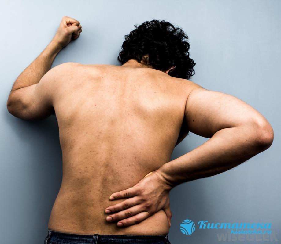Боль ноющего арактера в нижней части спины