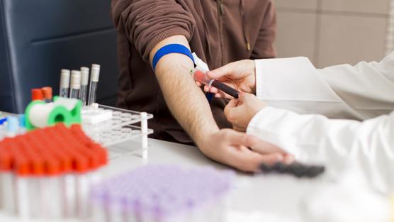 взятие крови из вены