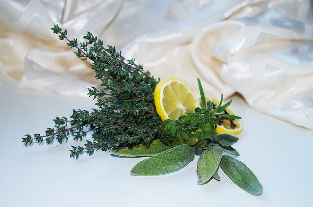 лимон и травы