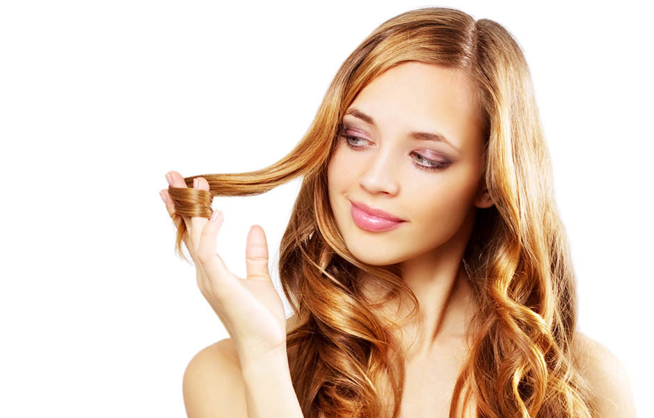 Многие девушки мечтают о светлых волосах