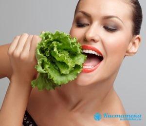 Частая причина - нарушение питания при увлечении монодиетами