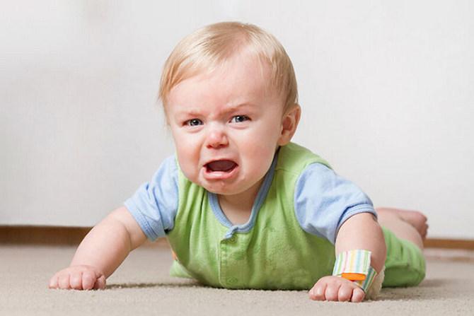 Кризис 1 года у ребёнка: памятка для родителей от психологов