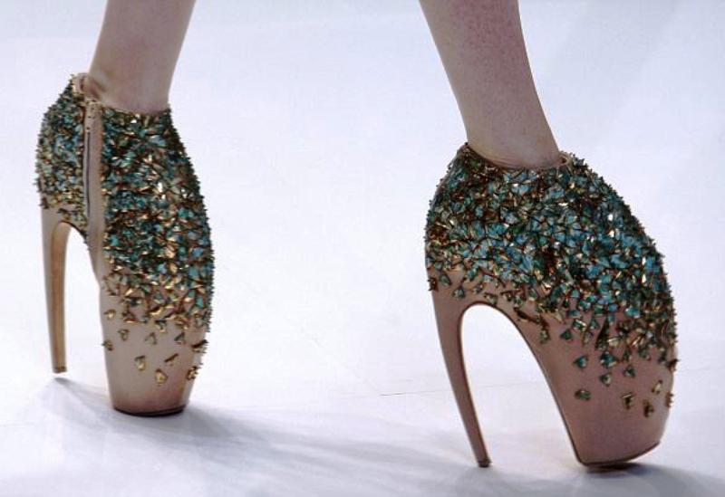 От такой обуви лучше отказаться