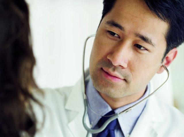 Диагностика сосудов шеи для предотвращения атеросклероза