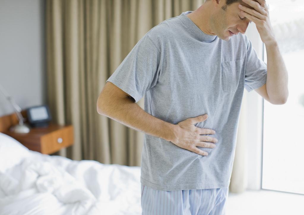 Больные, у которых существует риск развития рабдомиолиза, должны с С большой осторожностью применять Ливазо