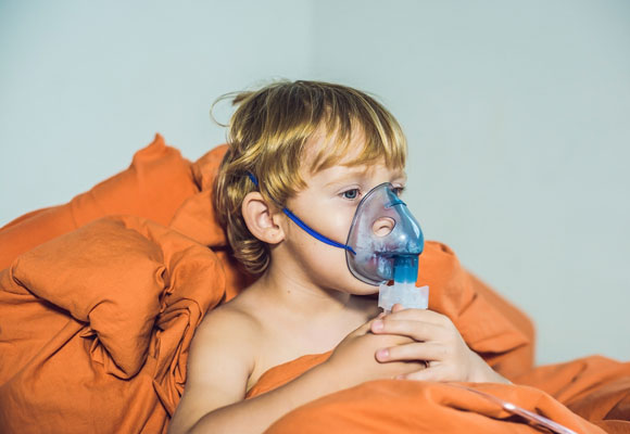 Применение ингаляции для лечения ребенка