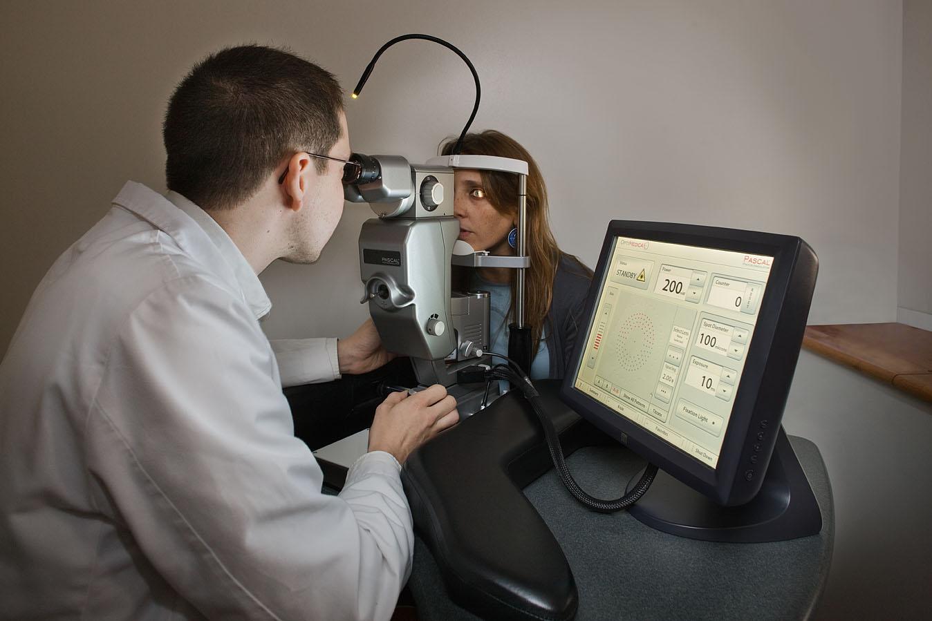 Лазерная коагуляция сетчатки — безболезненная процедура
