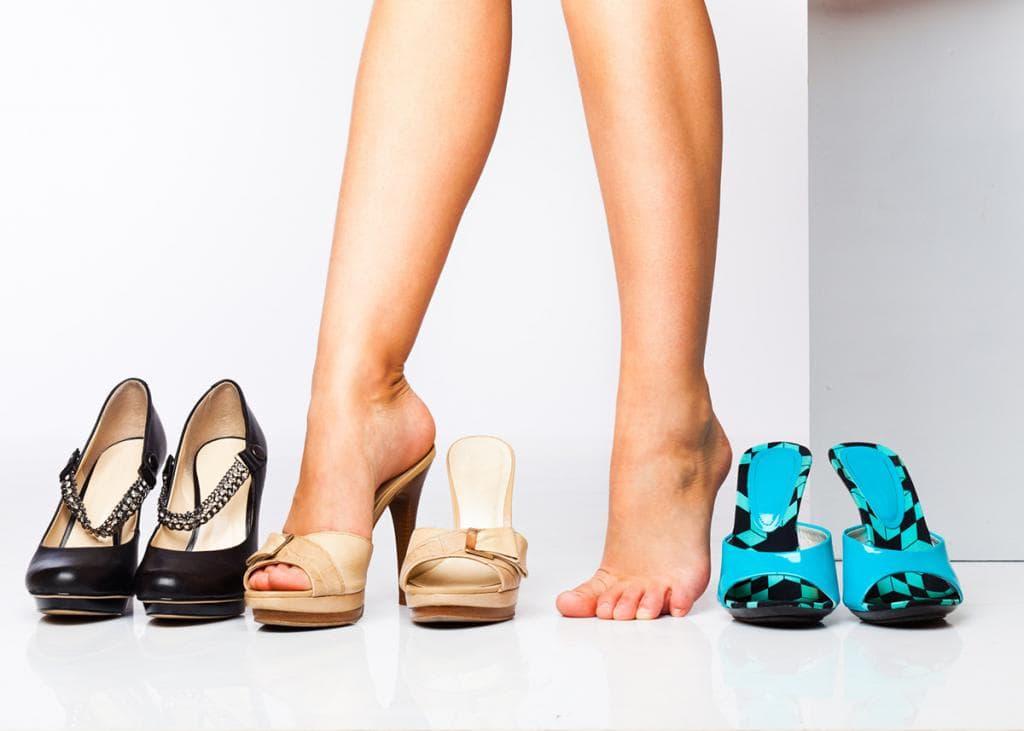 Неудобная обувь – основная причина появления водянки