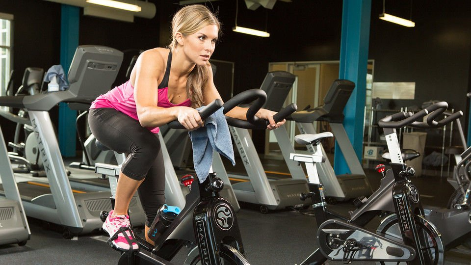 Регулярные тренировки способствуют снижению веса