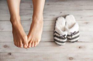 тапочки и ноги