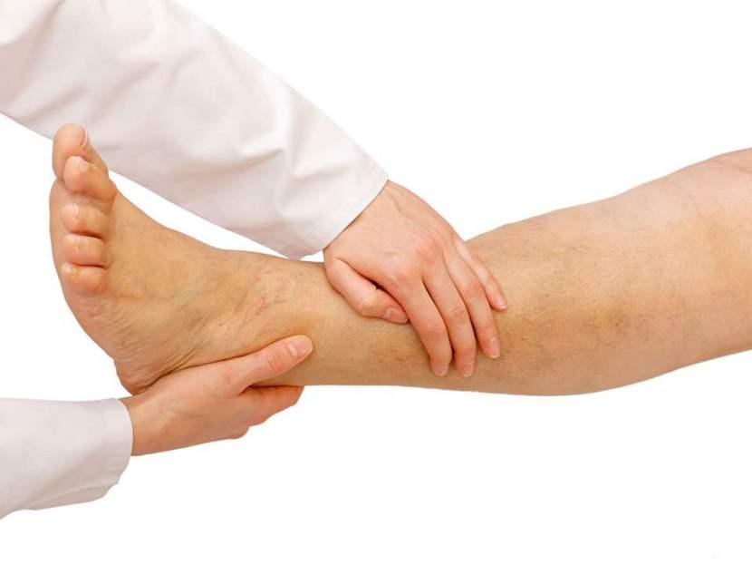 Процедура лимфодренажного массажа при отеках ног