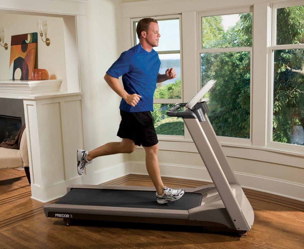 Легкие упражнения подготовливают организм к более тяжелым нагрузкам
