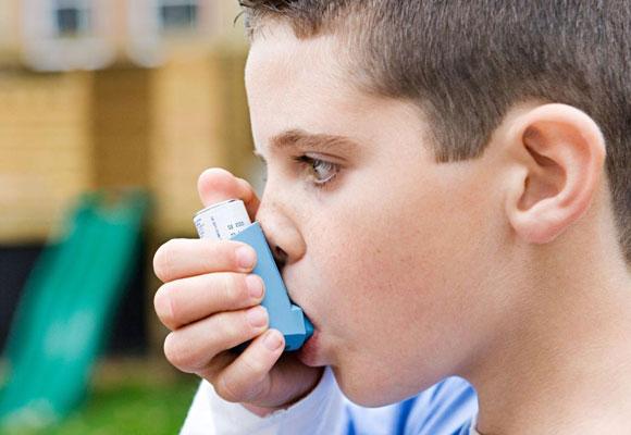 Лечение ребенка при помощи ингаляционных процедур