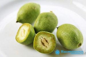 Грецкий оре при патологии яичника используется только в зелёном виде