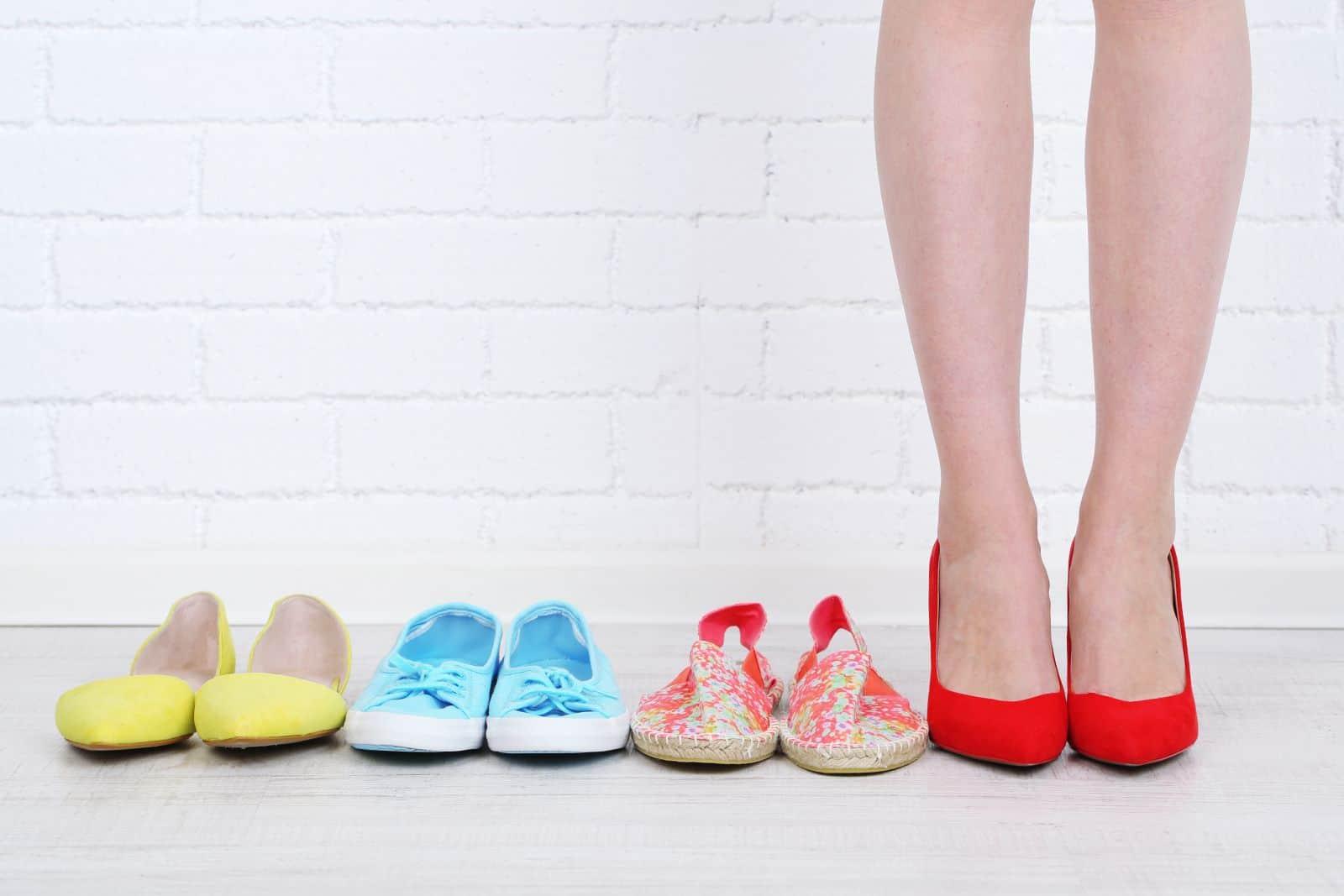 Для профилактики мозолистых образований выбирайте удобную обувь