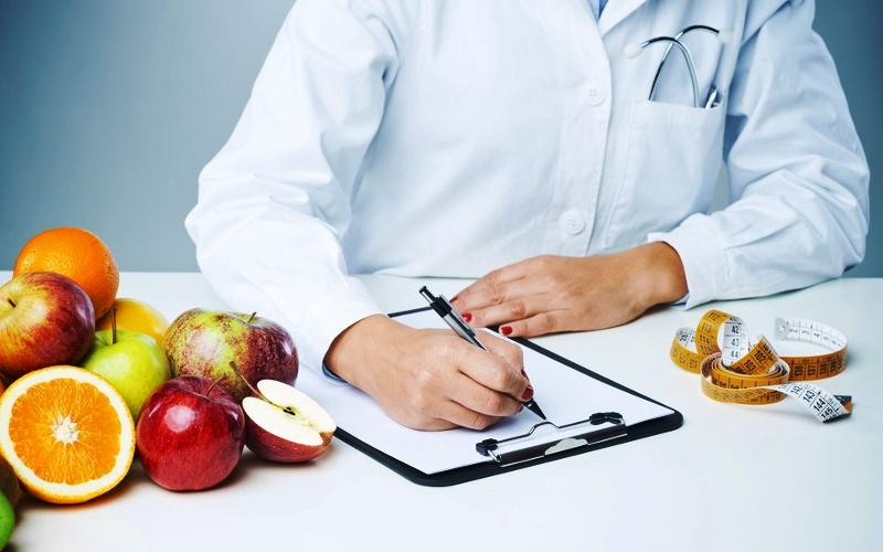 Специалист-диетолог