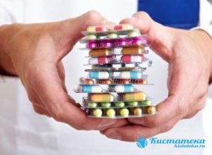 Назначаются антибиотики или противовирусные препараты