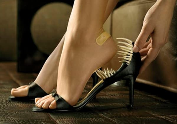 Неудобная обувь может быть причиной многих проблем