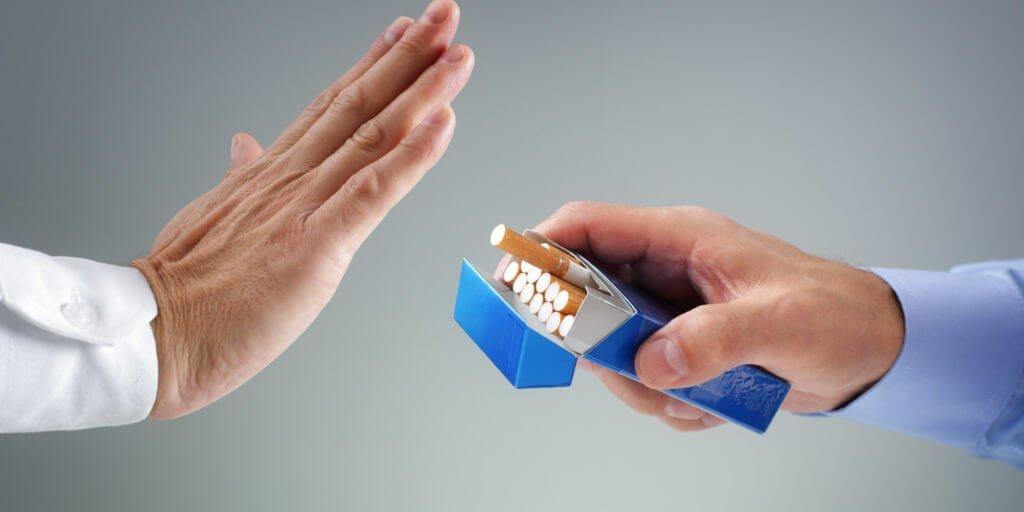 Негативное влияние оказывает даже выкуривание 1 сигареты в день