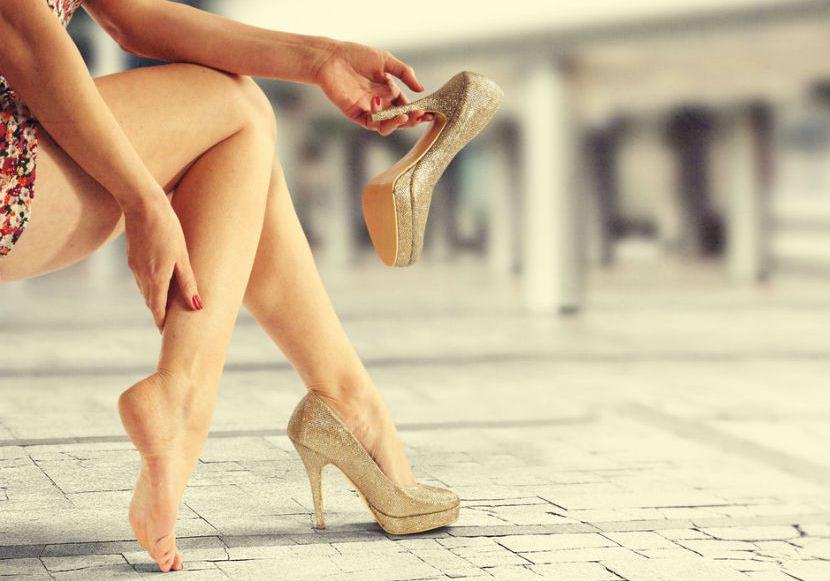Почему болят вены на ногах?