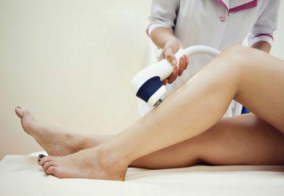 Удаление волос на ногах при варикозе