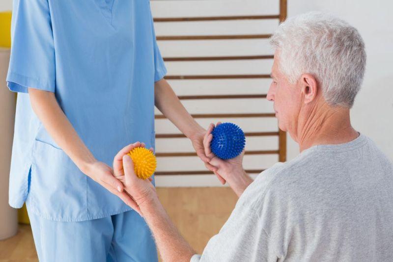 Несложные упражнения после приступа