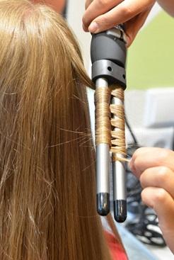 как накрутить волосы ребенку на плойку