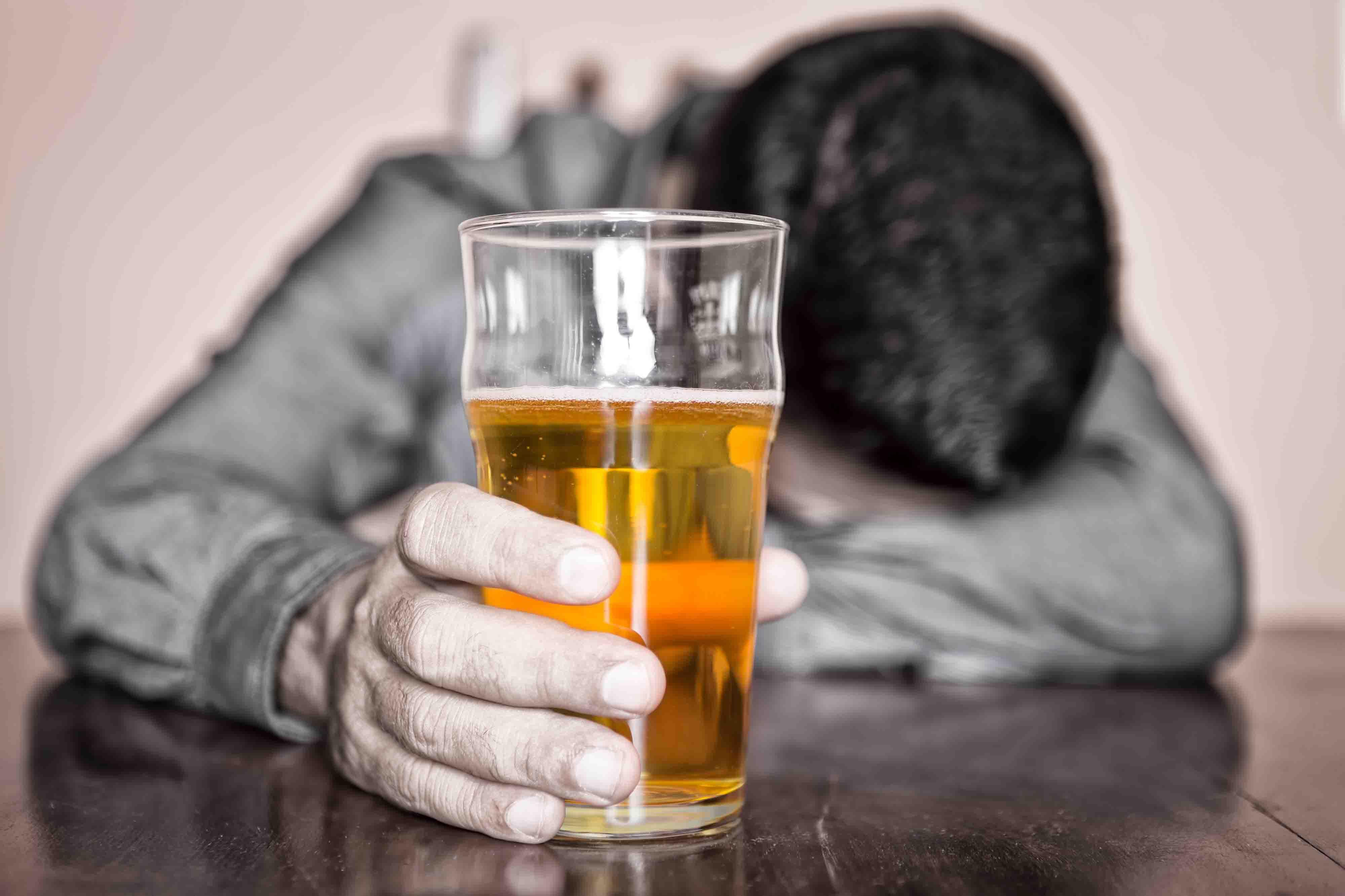 Пристрастие к алкоголю способствовало образованию атеросклеротических бляшек