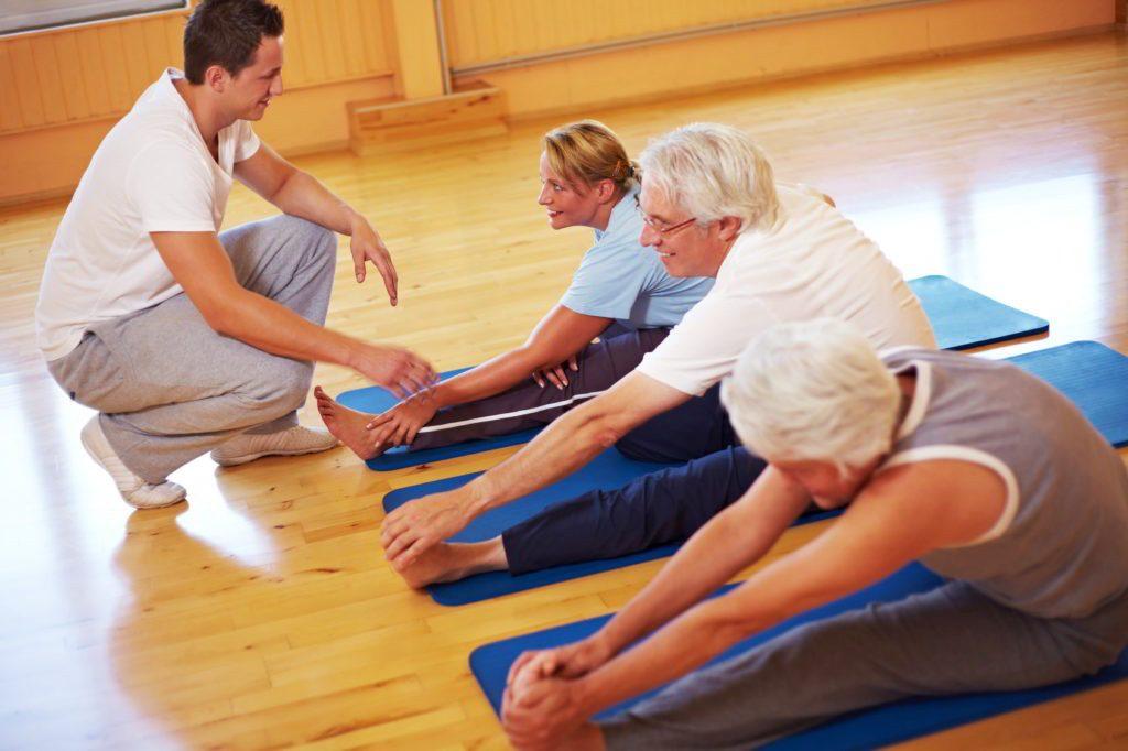 ЛФК помогает избавиться от лишнего веса и улучшить кровообращение