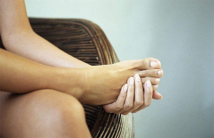 болят ноги при остеохондрозе