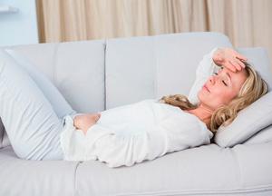 признаки мигрени у женщины