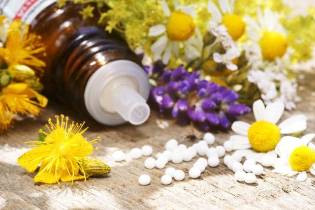 Лечение проблемы у беременных женщин также может дополняться использованием физиотерапевтических методик – массажа, водолечения, иглорефлексотерапии