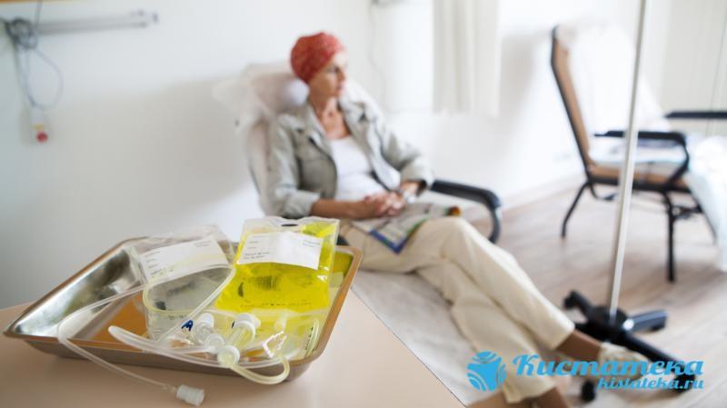 Лечение асцита брюшной полости после вывода скопившейся жидкости включает курс внутриполостной имиотерапии
