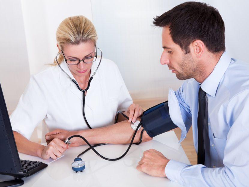 Гипертоническая болезнь: классификация и стадии артериальной гипертензии