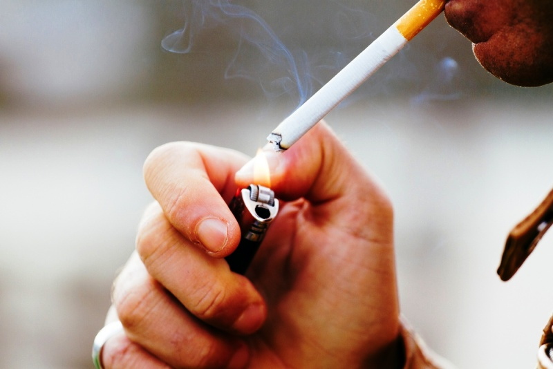 Курение - один из основных факторов этого заболевания