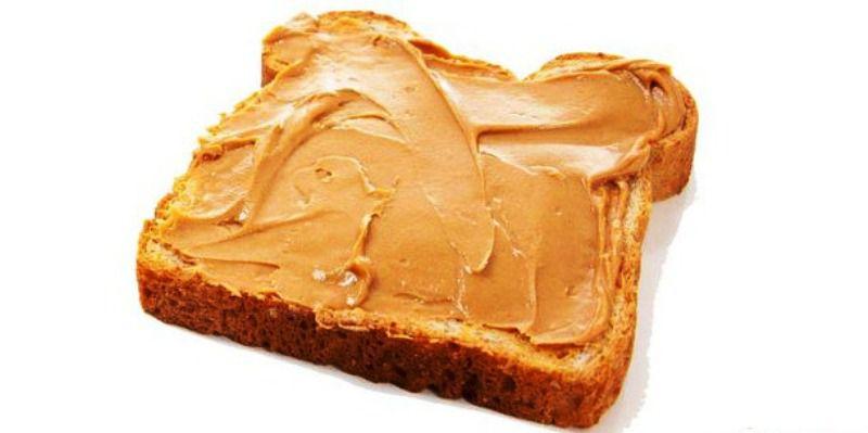 Сэндвич с натуральным арахисовым маслом