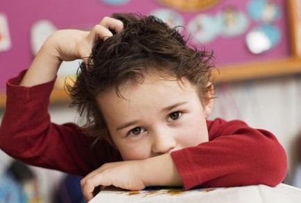 у ребенка в волосах вши
