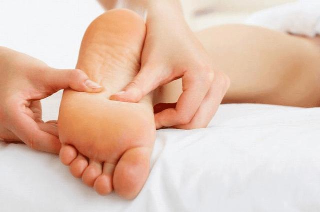 Патологические образования на коже способны причинить сильный дискомфорт