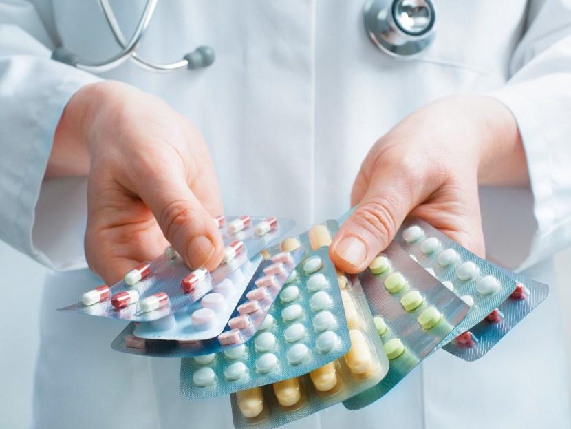 Препараты при тромбофлебите нижних конечностей - симптомы и лечение