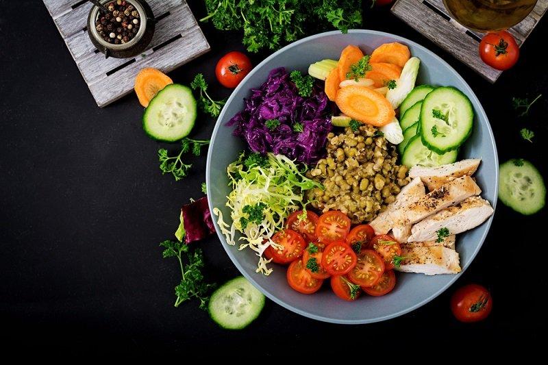 Больные кардиосклерозом должны питаться в рамках диетического стола № 10.