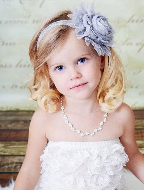 Как заплетать красиво волосы ребенку