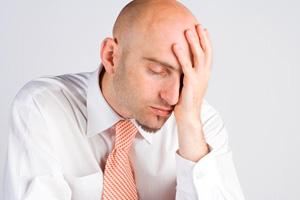 Утром болит голова с похмелья что делать, а чего не стоит