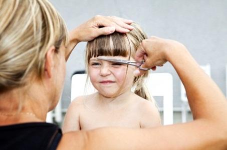 стричь волосы детям